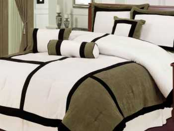 These colored cotton bedding sets are soft to use.