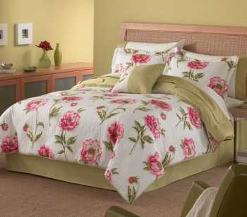 We developed this style of bedding set for a customer in England who loved them.
