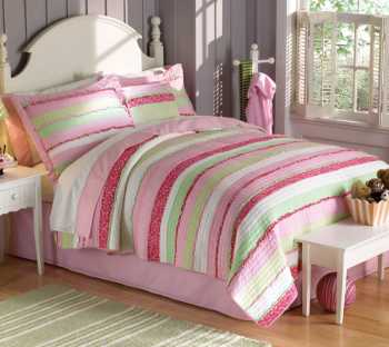 The stripped cotton bedding set is one of the most sought-after in our entire range.